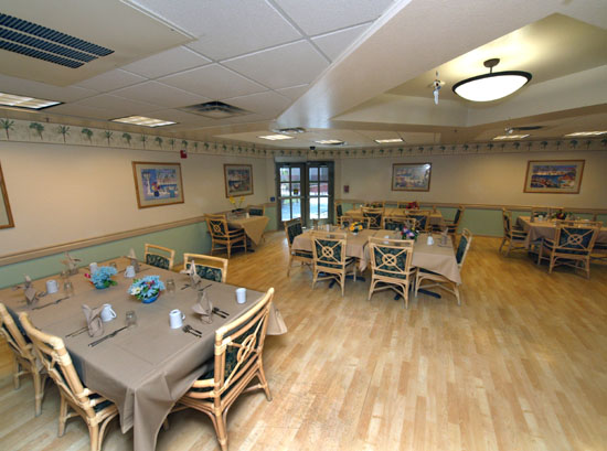Memory-Care-Dining-Room-Surprise-AZ