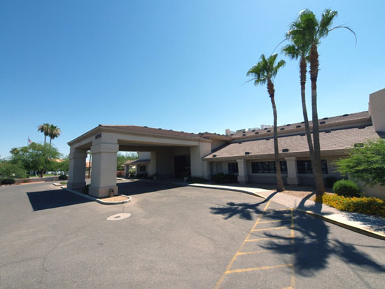 Assisted Living Building Entrance – Exterior Photo Of Property Sun City, AZ