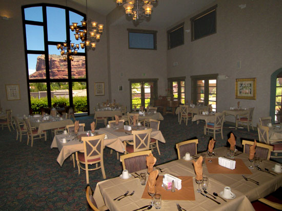 Assisted Living Dining Room Sedona Winds