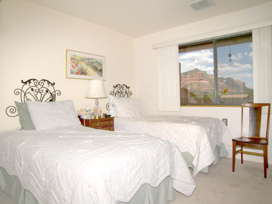 Sedona Winds Independent Living Bedroom Photo