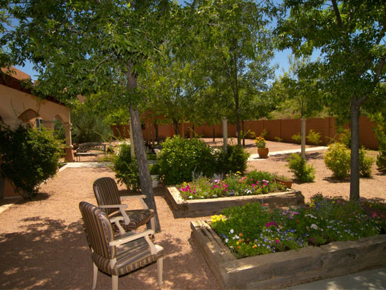 Exterior Photo Of Sedona Winds Independent Living Coutyard