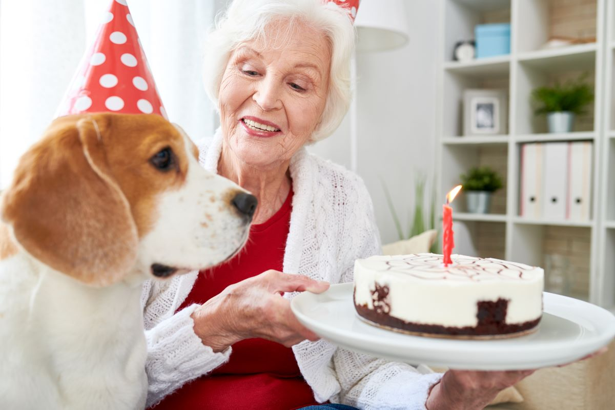 Eight Birthday Tips For Seniors In Assisted Living